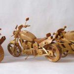 Karya Seni Miniatur Motor Dari Kayu