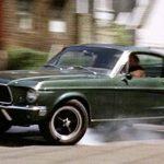 6 Mobil Terbaik Yang Pernah Sukses di Film